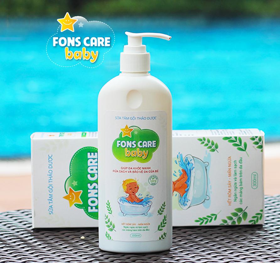 Tắm mát cho bé cùng Fons Care Baby